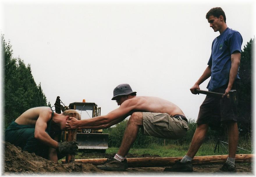 budování jezdeckého parku formu brigád s kamarády