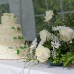 svatební dort a kytice
